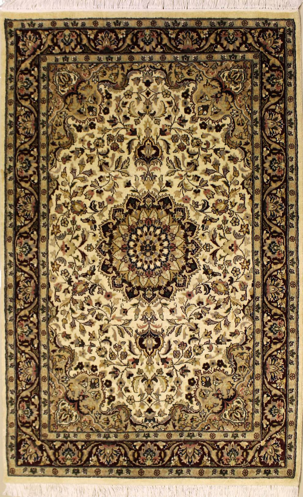 "4'0""x6'1"" Pak Persian Design Ivory, White Color"